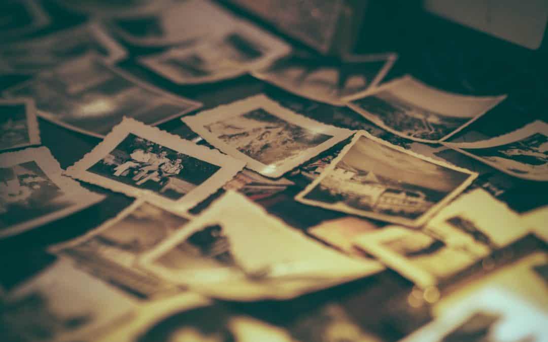 Rachat de vieux papiers, photos cartes postales